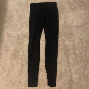 Lululemon black leggings